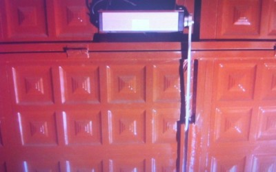 Puerta Automática. Bloqueo motor